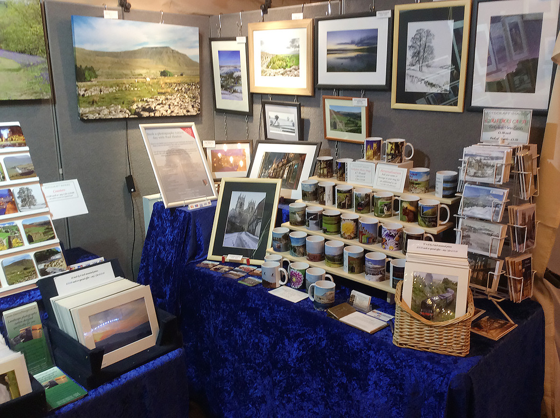 Fotocraft Images stand at 2019 York Christmas market